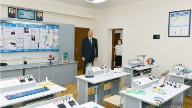 Photo of Prezident 251 nömrəli məktəbə gəldi