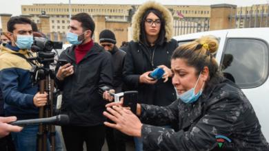 Photo of Ermənistanda etirazçılar Müdafiə Nazirliyinin önünə toplaşdılar